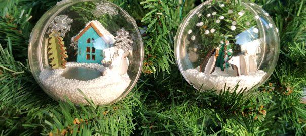 Mini kerst wereld in een bal